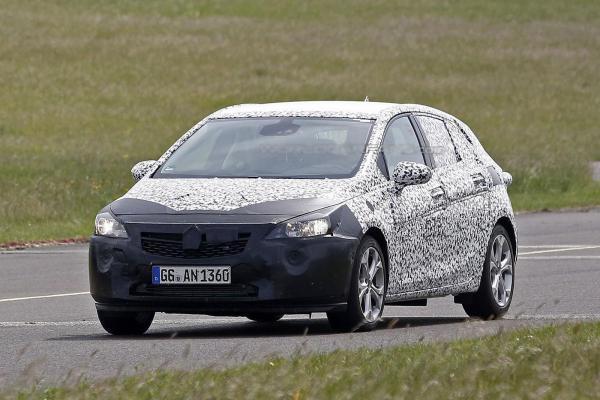 Новый Opel Astra появится через год