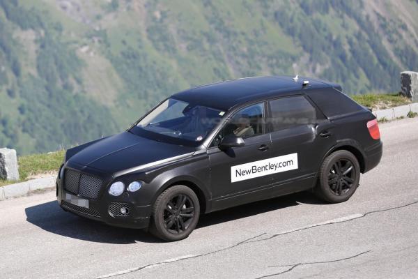 Вседорожник Bentley проходит тесты