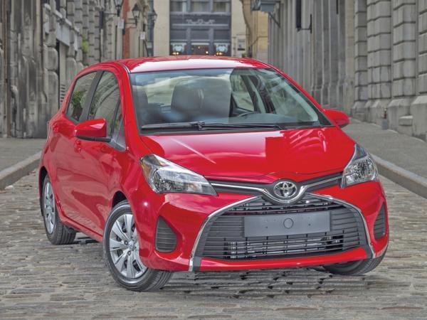"""Toyota Yaris: новое """"лицо"""""""