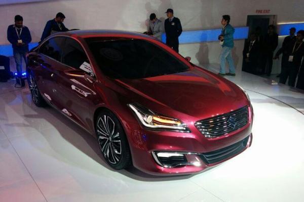 Suzuki тестирует новую модель и готовит к показу седан Ciaz