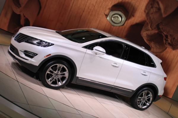 Lincoln подготовил модель MKC для китайского рынка