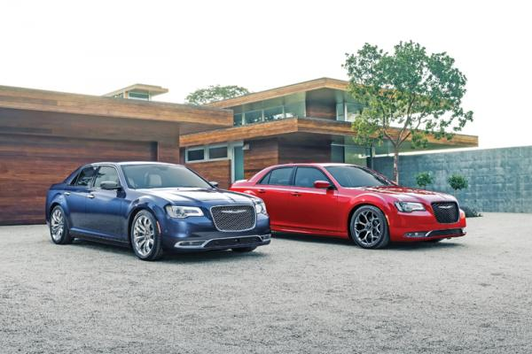 "Chrysler 300: новое ""лицо"""
