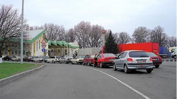 Депутаты хотят продлить срок пребывания в Украине нерастаможенных автомобилей
