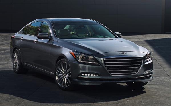Hyundai отзывает роскошные седаны Genesis