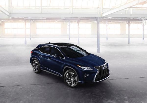 Lexus RX представят в Нью-Йорке