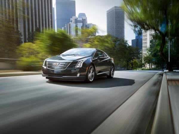 Решетка радиатора Cadillac ELR увеличена в размерах