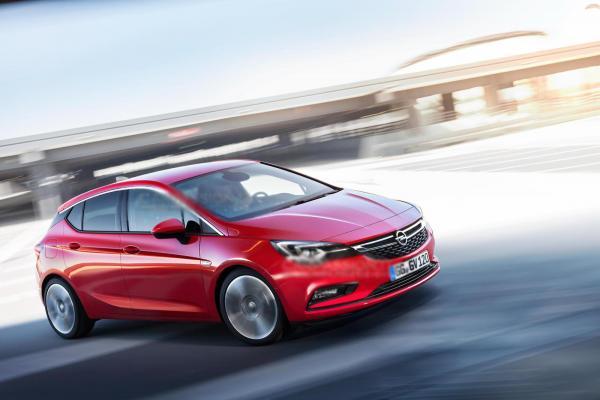 Первые изображения Opel Astra