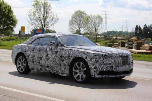 Rolls-Royce тестирует кабриолет Dawn
