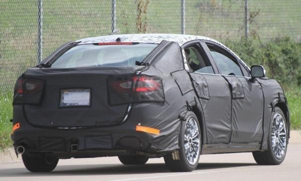 В США тестируют обновленный Ford Fusion 2017