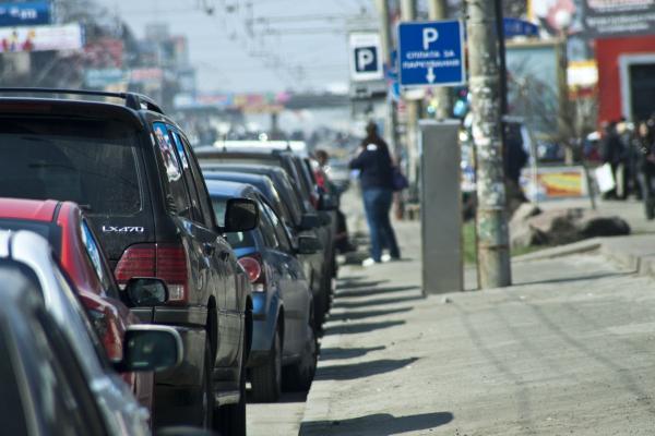 Депутаты хотят штрафовать за неправильную парковку