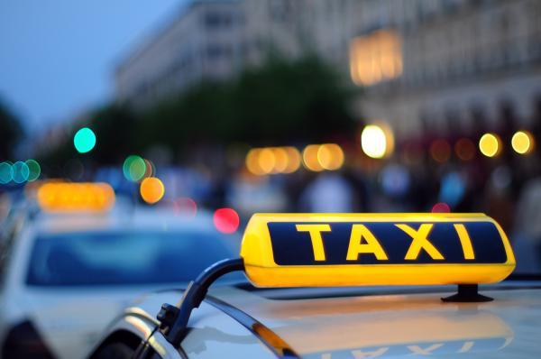 В Парламенте зарегистрирован документ, касающийся работы службы такси