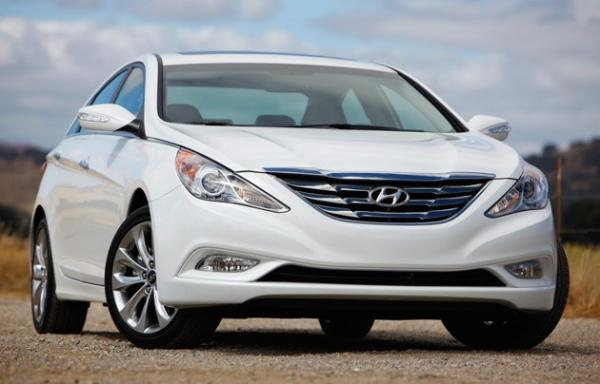 Hyundai отзывает модели Elantra и Sonata