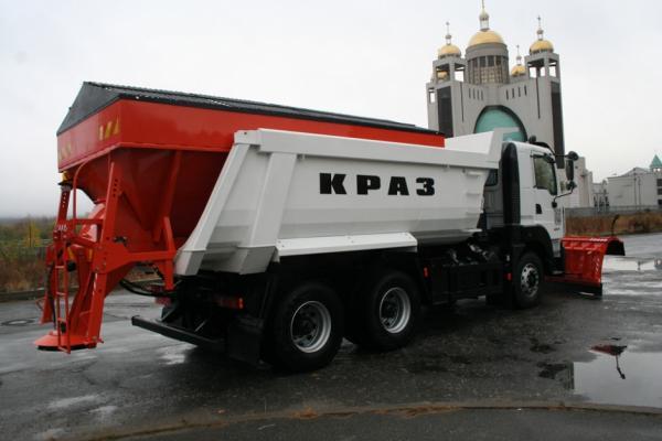 КрАЗ представил новые спецавтомобили