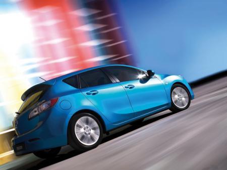 Опубликованы фотографии хетчбэка Mazda 3
