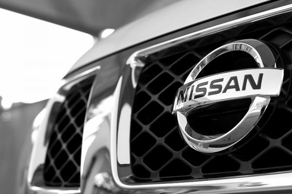 Nissan хочет увеличить свою долю акций в Renault