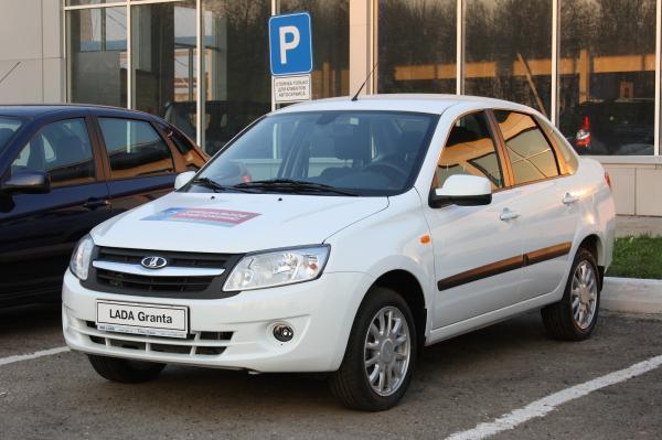 Украина ввела спецпошлины на российские автомобили