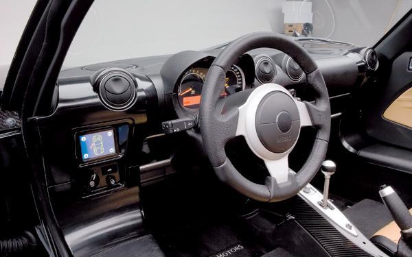 Tesla Roadster: спортсмен с электродвигателем