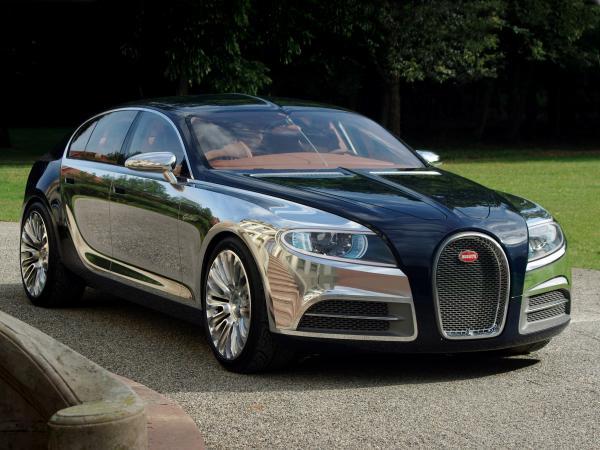 В Bugatti снова задумались о седане