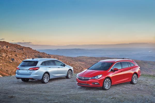 Opel Astra Sports Tourer: яркий и практичный