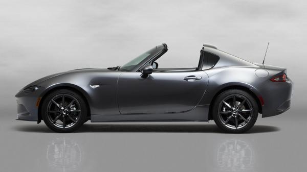 Mazda MX-5 стал купе-кабриолетом