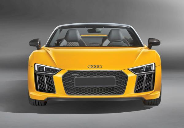 Audi R8 Spyder: смена поколений