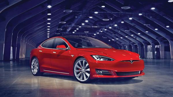 Tesla Model S: модернизация