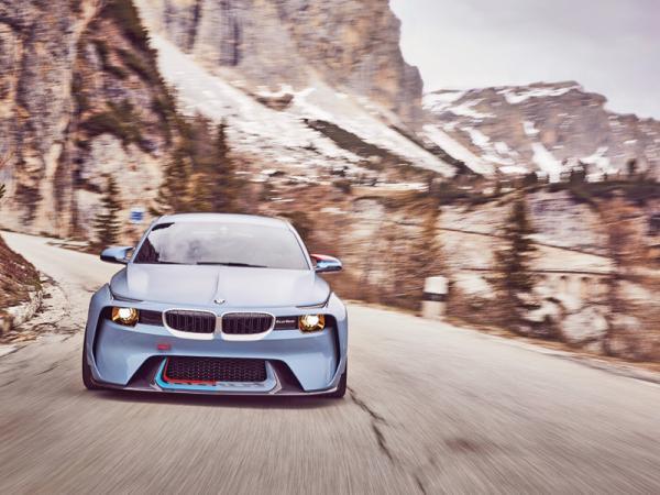 BMW 2002 Hommage: дань знаменитому предку
