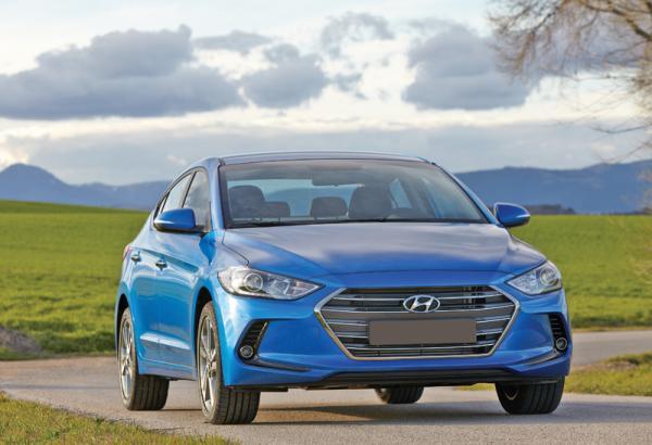 Hyundai Elantra, Renault Fluence и Skoda Octavia: крупные представители С-класса