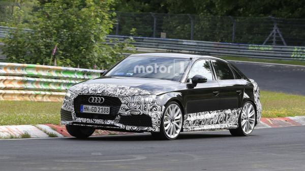 Audi RS3 станет седаном
