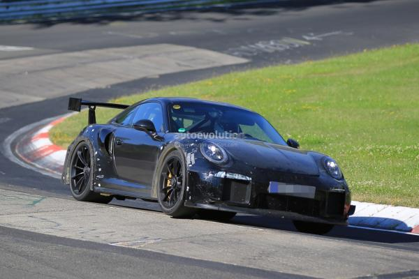 Porsche 911 GT2 появится в 2017 году
