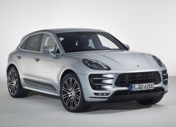 Porsche Macan Turbo стал мощнее