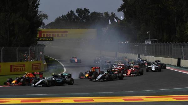 Формула-1: Льюис Хэмилтон выиграл Гран-при Мексики