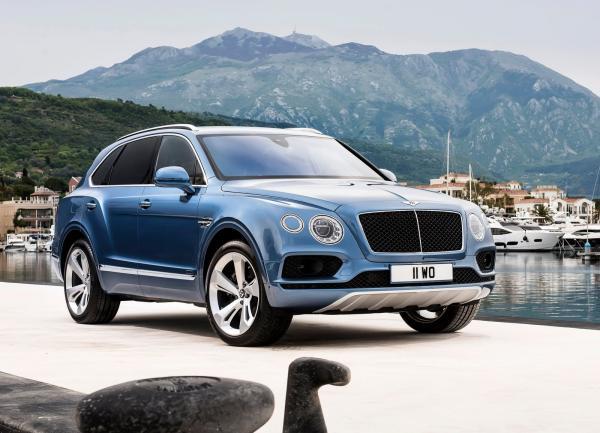 Bentley готовят компактный вседорожник