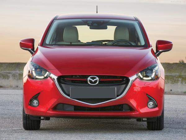 Mazda 2, Peugeot 208, Volkswagen Polo: поединок хетчбэков В-класса