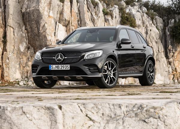 Mercedes-AMG GLC63 появится в 2017 году