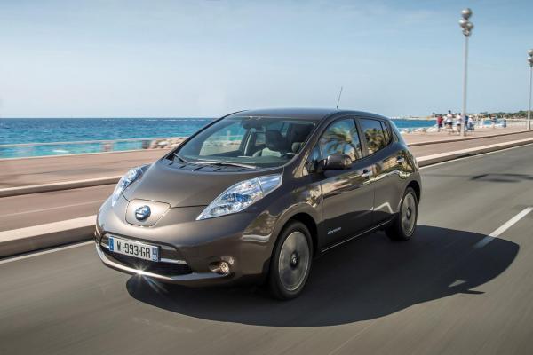 Депутаты Верховной Рады выбирают электромобили