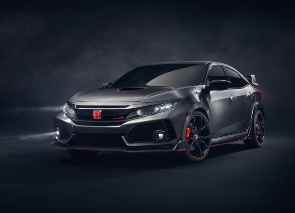 Новый Honda Civic Type R станет быстрее и маневреннее