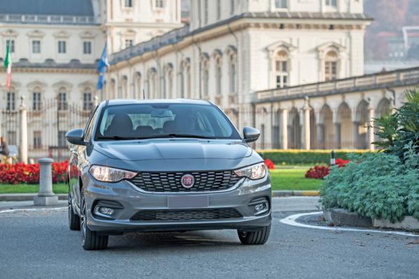Fiat Tipo, Hyundai Elantra и Skoda Octavia: просторные представители С-класса