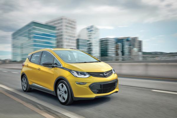 Opel Ampera-e: доступный прогресс