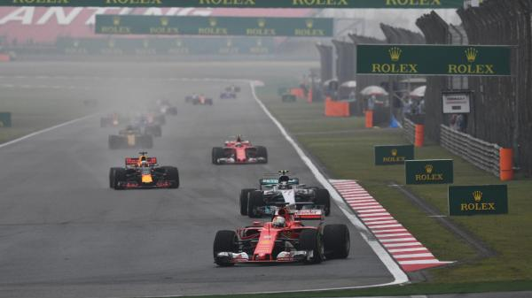 Формула-1: Хэмилтон побеждает в Гран-при Китая