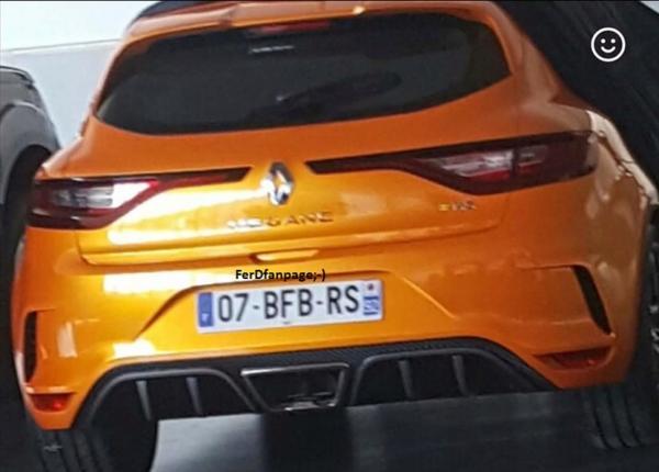 Первые фото Renault Megane RS