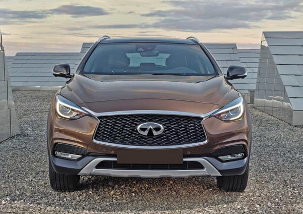 Infiniti QX30, Mercedes-Benz GLA и Volvo V40 Cross Counrty: почти вседорожники