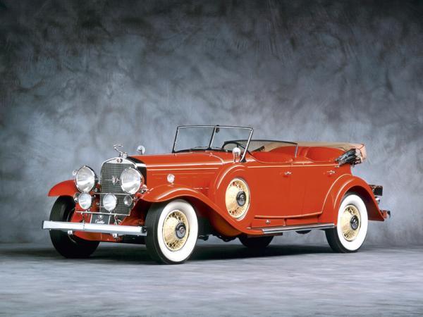Cadillac V16:  уникальный представительский автомобиль