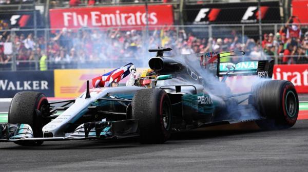 Формула-1: Хэмилтон становится четырехкратным чемпионом мира