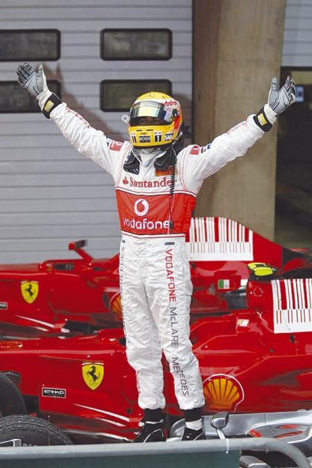 F1: Льюис Хэмильтон – без пяти минут чемпион