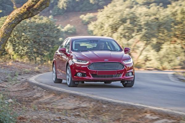 Ford Mondeo, Mazda 6 и Toyota Camry: популярные модели D-класса