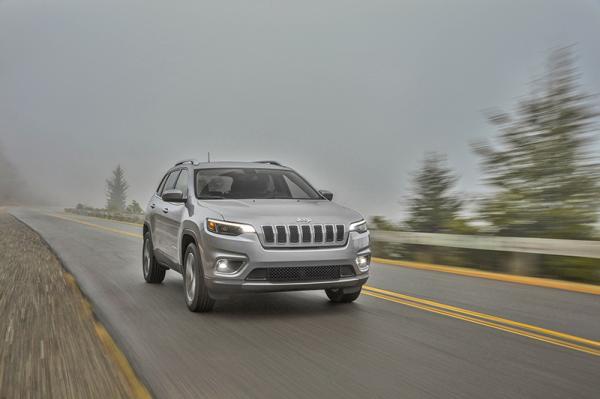 Jeep Cherokee: модернизация в сдержанном стиле