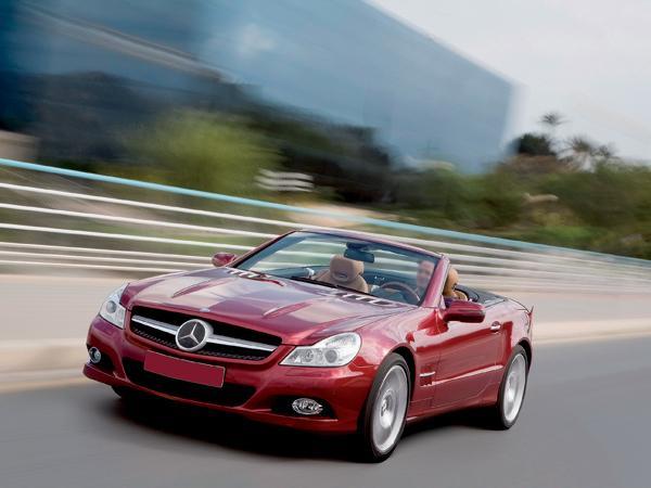 Mercedes-Benz SL: продолжая традиции