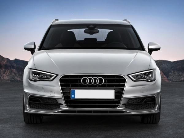 Audi A3 Sportback, Infiniti Q30 и Mercedes-Benz A-Class: недешевый С-класс