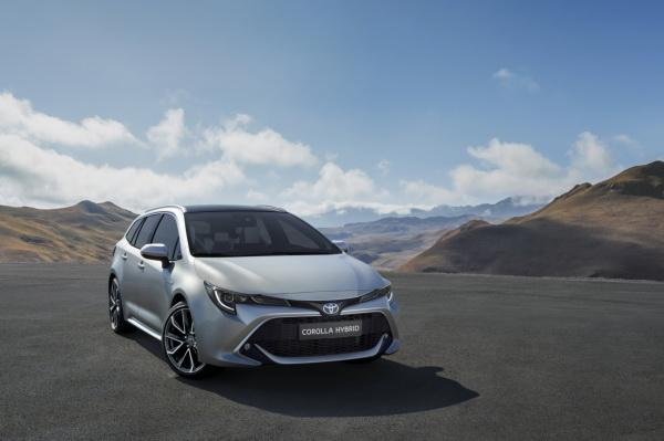 Toyota Corolla Touring Sports: возвращение